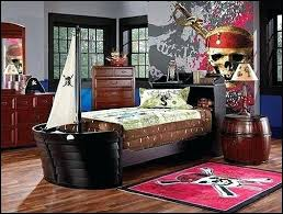 pirate bedroom decorations decorating theme bedrooms manor pirate bedrooms pirate themed furniture nautical theme pirate themed bedroom decor