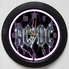 golden pea wall clock