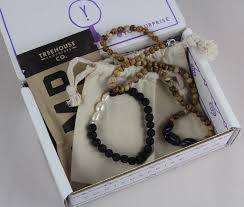 yogi surprise jewelry subscription box review august 2016 items