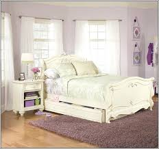 vintage look bedroom furniture. Contemporary Look Vintage Look Bedroom Furniture Interior Looking Fantasy  Cheap Me Pertaining To 3 From To Vintage Look Bedroom Furniture O