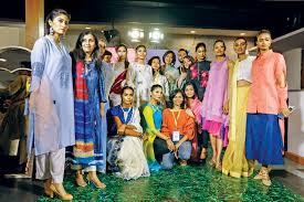 Dhaka Design Dhaka Chic Fashion Fair By Fdcb The Daily Star