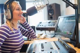 Rádio comunitária e rádio comercial: entenda as diferenças