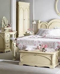 cute bedroom design with antique furnitures antique furniture decorating ideas