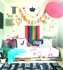 bedroom ideas for teenage girls with medium sized rooms. Wonderful Ideas Bedrooms For Girls Teenagers Tween Girl Room Ideas Cool Teenage Rooms  For Bedroom Ideas Teenage Girls With Medium Sized Rooms R