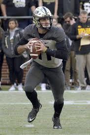 Purdue Football Handling Adversity Defines Bloughs Purdue Career