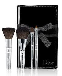 and returns on dior travel brush set at a deluxe travel brush set includes convenient mini sizes of dior s backse powder cheek eyeshadow