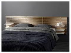 Una testata letto in tessuto spazia dal cotone fino ad arrivare al lino, passando per la microfibra, con una vasta varietà di colorazioni e fantasie. Testiera Letto Si O No