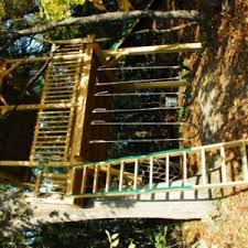 simple tree platforms. This Treehouse Project Is A Simple Place To Spend Some Adventurous Time Outside In The Backyard. Platform Covered With Metal Roof Enough Space Tree Platforms