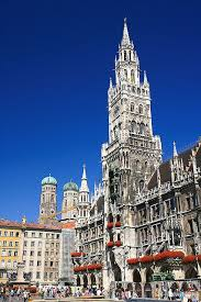 if the weather had let up we wouldve seen the munich rathaus which is where the glockenspiel is located i am told that this worth one visit blueberries viktualienmarkt munich visit