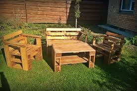 cool diy furniture set. Diy Yard Furniture. Pallet Table And Chairs Furniture Cool Set Y