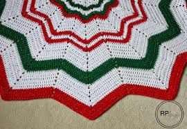Free Crochet Tree Skirt Pattern