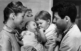 todd fisher children. Exellent Fisher Debbie Reynolds And Eddie Fisher With Children Carrie Todd Intended Children B