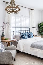master bedroom decorating ideas for spring looking to add a seasonal touch to your bedroom don t miss these incredibly