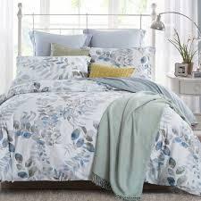 Duvets vs. Down Comforter - Overstock.com & Advantages of Duvets Adamdwight.com