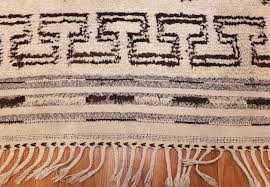 vintage moroccan beni ourain rug 47208 fringes nazmiyal