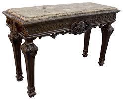 traditional living room sofa table