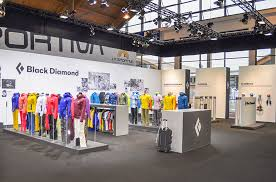 black diamond equipment ag stand at outdoor 2016