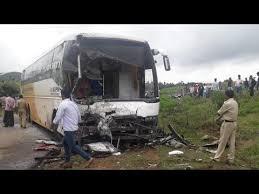 srs travels accident near kurnool 15