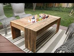rustic pallet wood coffee table with