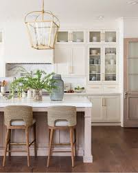 However, it has slight gray, green and yellow undertones that give it that soft, creamy, inviting look that people love. Hausratversicherungkosten Best Ideas Elegant Dining Room Color Of Swiss Coffee Paint Decorations Collection 4524