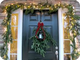 how to hang garland around front doorChristmas Garland Around Door  Round Designs