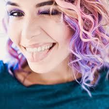 Melíry Jsou Minulostí Vlasovým Trendem Jsou Barvy Nebojte Se Jich