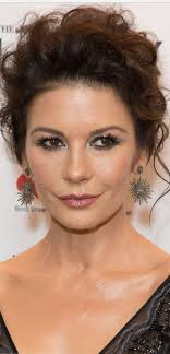 catherine zeta jones eye makeupi want to look like catherine zeta jones grace magazine