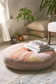 Floor Pillows And Poufs Best 25 Floor Pillows Ideas On Pinterest Floor Cushions Giant