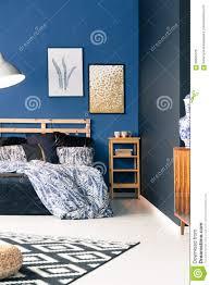 Schwarzes Und Blaues Schlafzimmer Stockbild Bild Von Blau Flach
