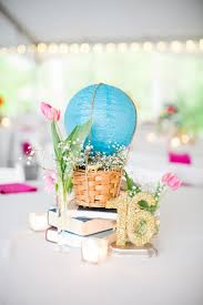 Paper Lantern Hot Air Balloon Centerpiece | Photo: Robyn Van Dyke  Photography | Flowers: