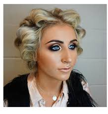 our award winning team of makeup artists and hair stylists are all on hand to provide a celebrity service at everyday s