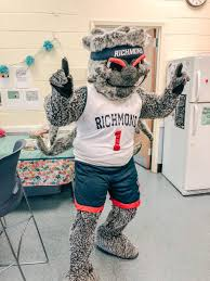 Find the perfect richmond spiders stock photos and editorial news pictures from getty images. Richmond Athletics On Twitter Webstur Visited Crestview Elementary Today For Their Field Day Onerichmond
