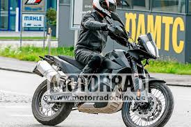 2018 ktm 790 adventure r. brilliant 790 while this isnu0027t the first time weu0027ve seen spy shots of ktm 790  adventure more gets revealed with each new photo captured in past shots  with 2018 ktm adventure r