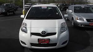 2009 Toyota Yaris 5-door Liftback white for sale Dayton Troy Piqua ...