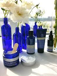 skincare ing review how frankincense works to tone firm rejuvenate neal s yard remes nyr organics frankincense skincare line