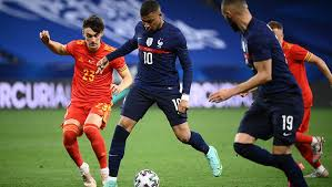 Fransa'nın olimpiyat kadrosu belli oldu (de colo ve m'baye de var) fransa milli takımı'nın 2021 tokyo olimpiyatları'nda mücadele edecek olan 12 kişilik kadrosu açıklandı. Mc7cjegu3497gm