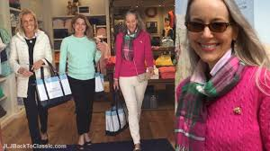 clic fashion over 40 over 50 vlog my first visit to vineyard vines lunch with friends my ootd you