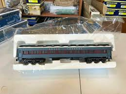 Would you like to tell us about a lower price? Lionel American Flyer The Polar Express Abandoned Toy