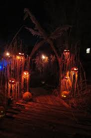 Different way to stage pumpkins - Halloween dcor ideas