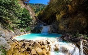 Mavigöl (Lago Azul) Dereli, Giresun, Turquía