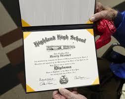 High School Deploma Longmont Wwii Era Vet Receives High School Diploma 68 Years Late