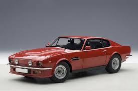 Aston Martin V8 Vantage 1985 Red Modellisimo Com Scale Models 1 18 1 43 1 12 M O D E L L I S I M O