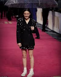 Actress bella ramsey, who plays lyanna mormont on the show, is banned from watching the gruesome scenes unfold. Bella Ramsey Biography Height Life Story Super Stars Bio