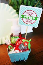 berry basket teacher gift free printable for teacher mom grandma and friend