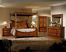 Bring Romance to Your Private Room With Solid Wood Canopy Beds