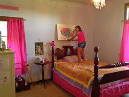what color should i paint my wallsWhat color should I paint the walls of my daughters bedroom
