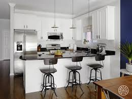 kitchen peninsula with curved countertop