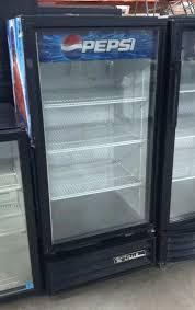 true gdm 10 glass door cooler drink beverage display refrigerator cold manual for