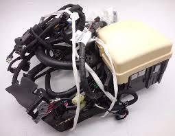 new oem 2010 2014 hyundai sonata fuse box wiring assembly minor new oem 2010 2014 hyundai sonata fuse box wiring assembly minor cover crack