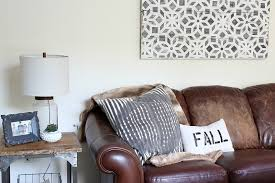 check out these simple art projects and fill your walls with style these creative and on inexpensive wall art projects with simple art projects you can make this weekend the crazy craft lady